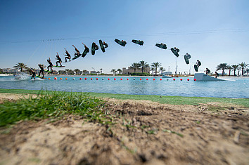 Omeir Saeed: the Emirati wakeboarder set two new Guinness World Records | Photo: Red Bull