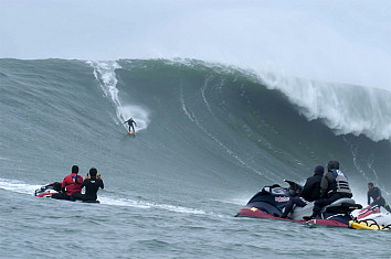 Chuck Patterson: wave skiing down a 40-foot wall of water at Mavericks