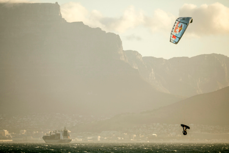 Red Bull King of the Air: the most extreme big air kiteboarding show on Earth | Photo: Red Bull