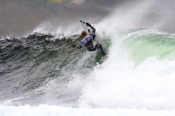 Adam Melling conquers the O'Neill Cold Water Classic in Scotland