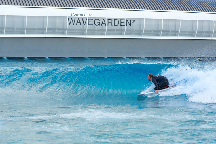 Wave pools: the future of adaptive surfing | Photo: Wavegarden