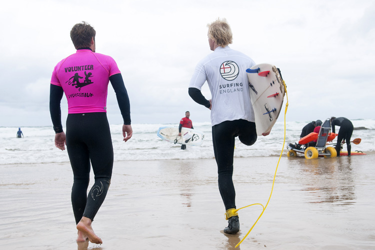 2017 English Adaptive Surfing Open: the first edition attracted 18 surfers | Photo: Surfing England