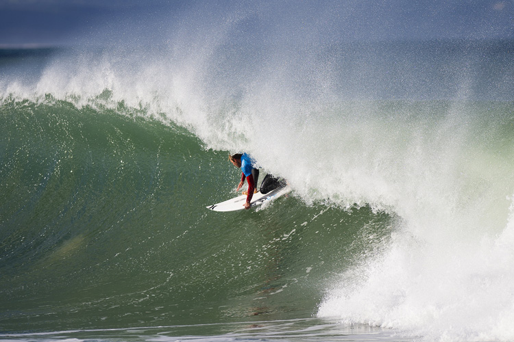 Adrian Buchan: finding the tube line at Jeffreys Bay | Photo: Kirstin/WSL