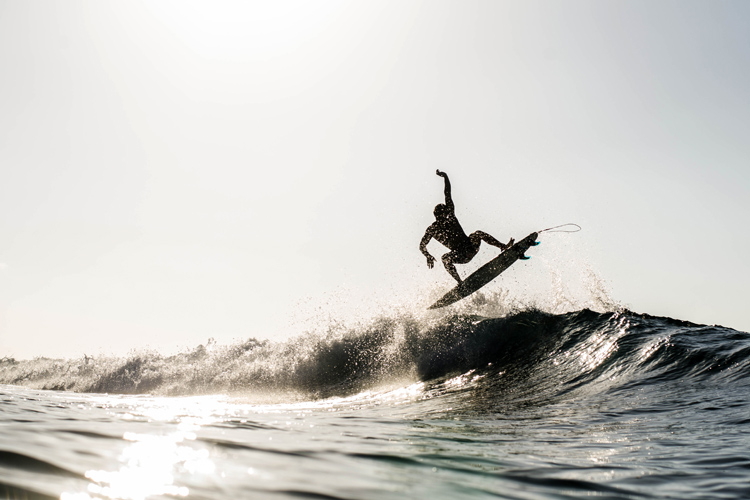 Surfing: it's all about the exploration and the fun we get out in the water | Photo: Shutterstock