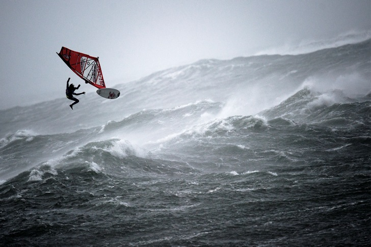A Force 10: chasing storms | Photo: Red Bull