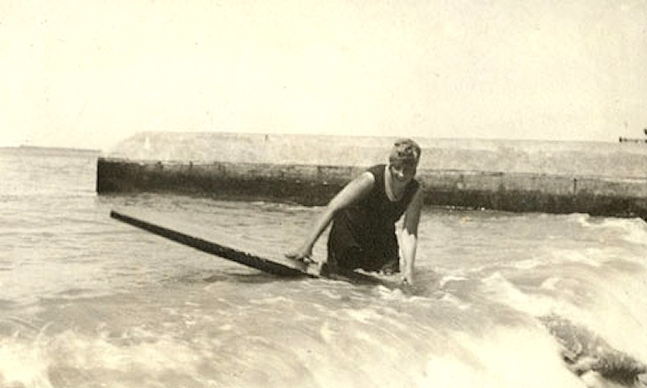 Agatha Christie: surfboards can kill, too