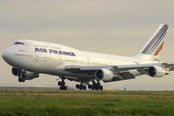 Air France: not surfer friendly