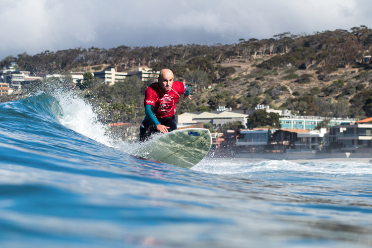 Aitor Francesena: the first ever visually impaired world surfing champion | Photo: Grant/ISA
