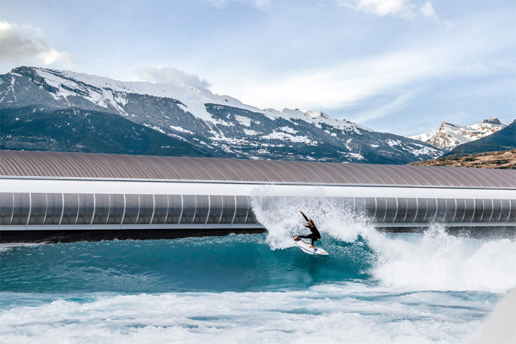 Alaïa Bay: the Swiss wave pool is able to host up to 40 surfers per session | Photo: Alaïa Bay