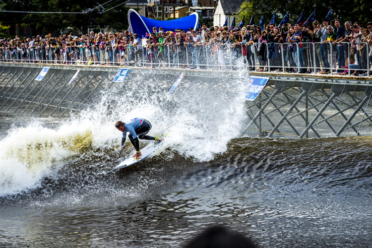 Albee Layer: the first stadium surf champ | Photo: Pignataro/Red Bull