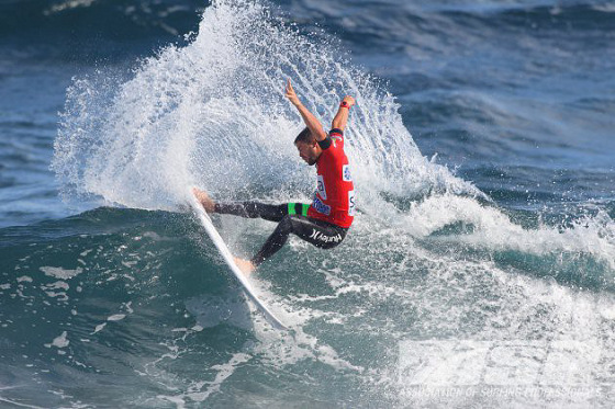Alejo Muniz: injured in the Azores waves