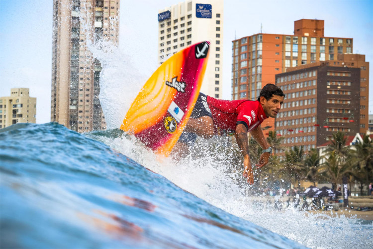 Alex Ribeiro: his eyes are on the 2018 Championship Tour | Photo: Thurtell/WSL