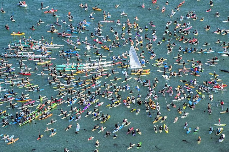 Surfers and sailors honor the life of Hobie Alter