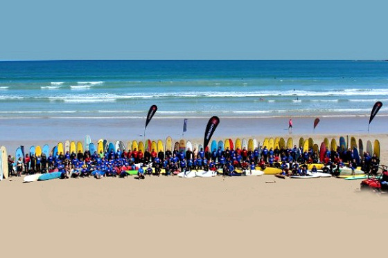 Anglesea: world record for the largest number of surfers riding a single wave