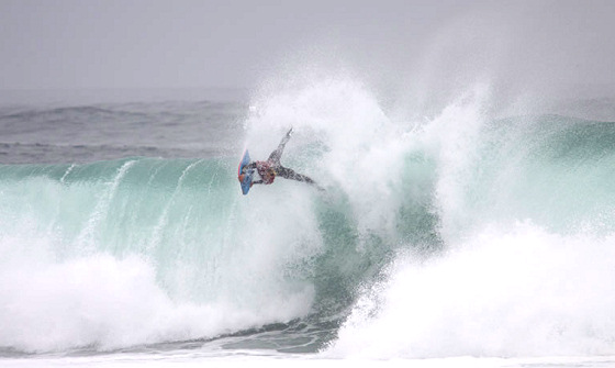 2010 Arica Chilean Challenge: incredible bodyboarding