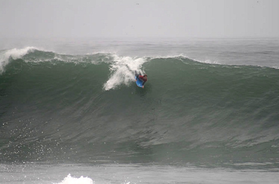 Big Waves Greet Pro Bodyboarders Of The 2009 Arica Chilean