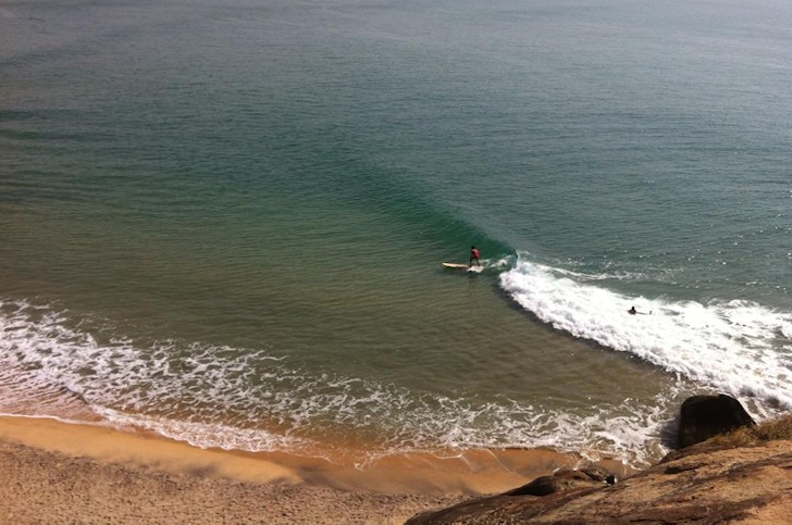 Arugam Bay: a perfect point break in Sri Lanka   Photo: Arugam Safa Surf School