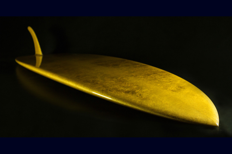 The Aureus: a 24-karat gold surfboard | Photo: Lux Surfboards