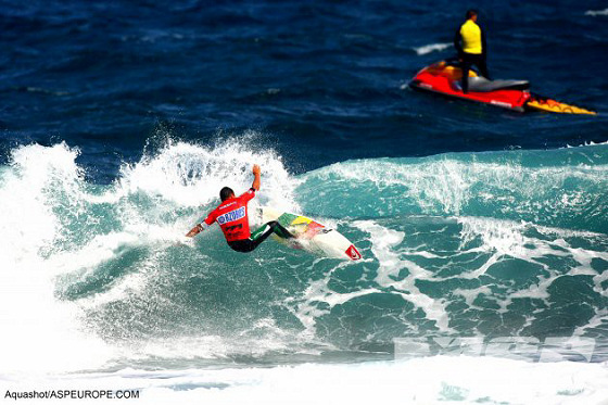 Azores Islands Pro: sunny waves in volcanic soils