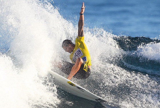 Sata Airlines Azores Pro 2013: blow tail time