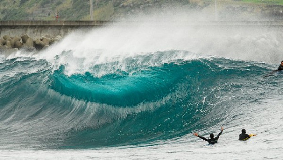 Azores Pro: expect spectacular waves in this Portuguese island | Photo: Bodyboard.pt