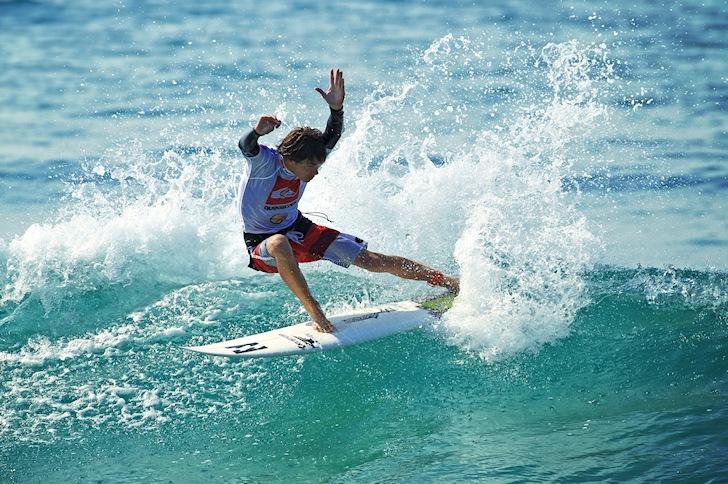 Surfer backside