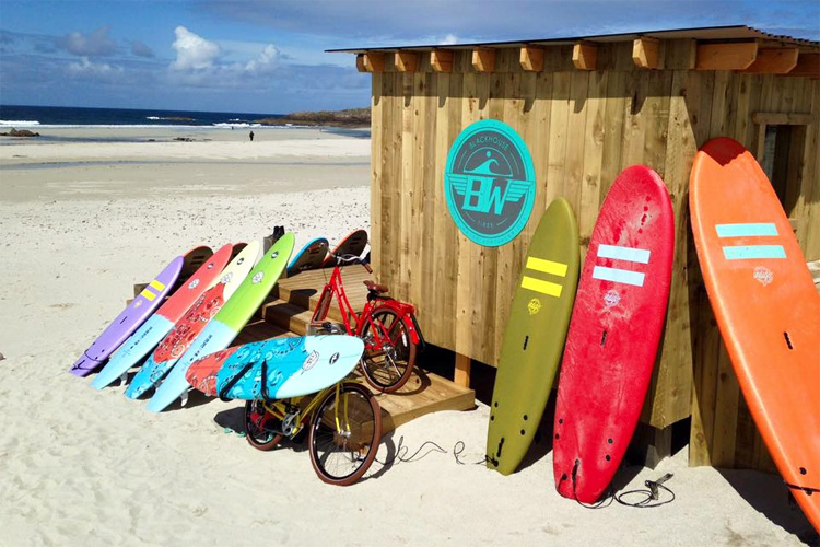 Balevullin Beach, Tiree: a wooden surf hut keep surfing alive | Photo: Blackhouse Watersports