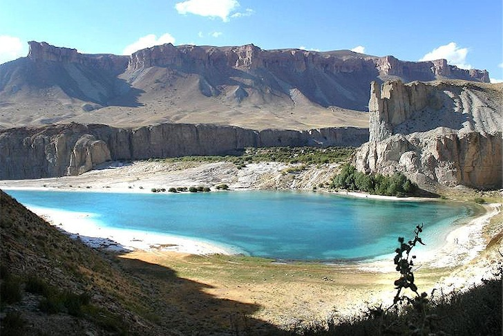 Band-e Amir: a paradise for SUP enthusiasts