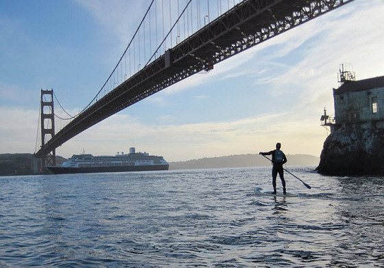 SUP in San Francisco: mind your head | Photo: SUPtheBay