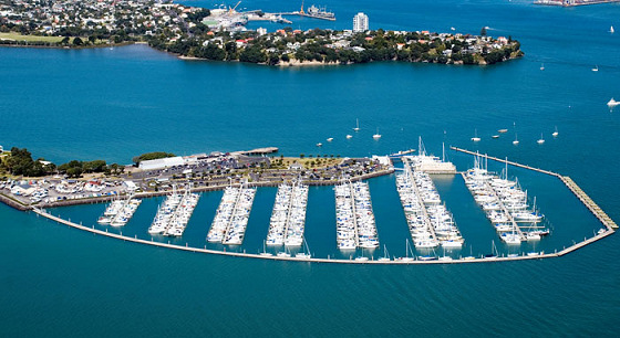 Bayswater Marina: the Shoal Bay's kitesurf exclusive paradise is very near