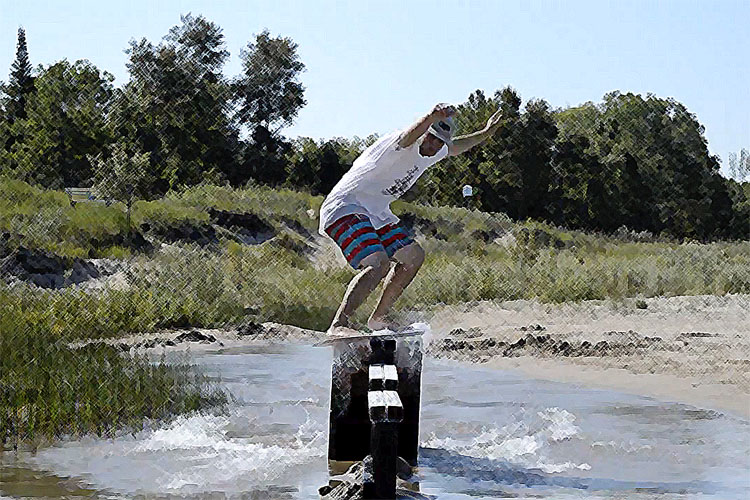 Beach Decay: flatland skimboarding will never die