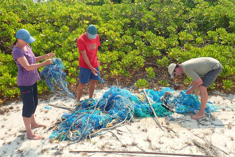 Ghost nets: they represent 10 percent of all trash floating in the world's oceans | Olive Ridley Project