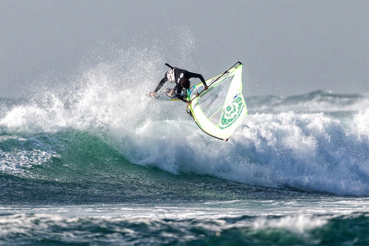 Benjamin Fabres: he beat Morgan Noireaux in the Chilean waves of Matanzas | Photo: Crowther/IWT