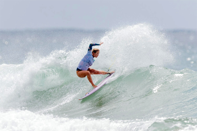 Bethany Hamilton: she lost her left arm in 2003 after a shark attack | Photo: WSL