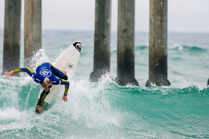 Beyrick De Vries: vertical approach | Photo: Michael Lallande/US Open of Surfing
