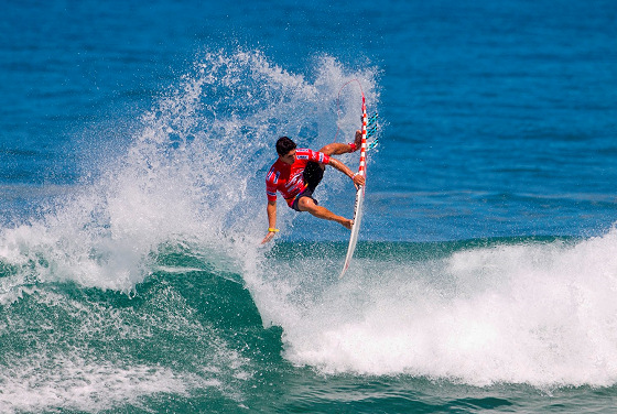 Billabong Rio Pro: the Medina Airlines in action