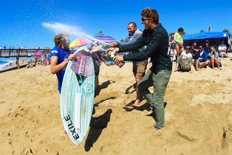 Blair Conklin: champagne shower | Photo: Laguna SoCal
