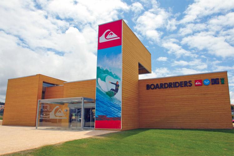 Boardriders: магазин Quiksilver в Эрисейра, Португалия |  Фото: Boardriders