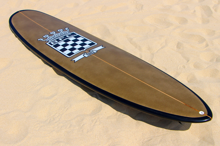 Boavista FC: an 8'2 Mini Mal celebrates a historic European football club | Photo: SurferToday