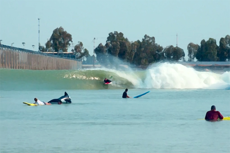 Bobby Kithcart is the first bodyboarder to ride the Surf Ranch