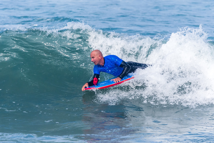 Bodyboarding: learning how to stall will let you enjoy better and longer waves | Photo: Shutterstock