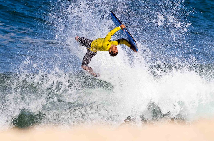 Bodyboarding tricks: ARS, Backflip and El Rollo will convince the judges