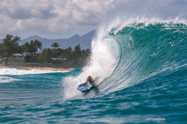 Bodyboarding: Hawaii's Pipeline is one of the favorite stops on the World Tour | Photo: Joao Ricardo/APB