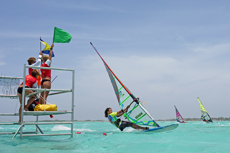 Bonaire: the Caribbean island will host a triple windsurfing event series in 2019 | Photo: Le Défi
