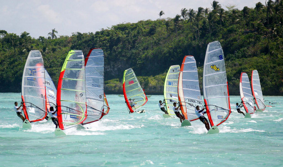 Boracay: the fleet is racing