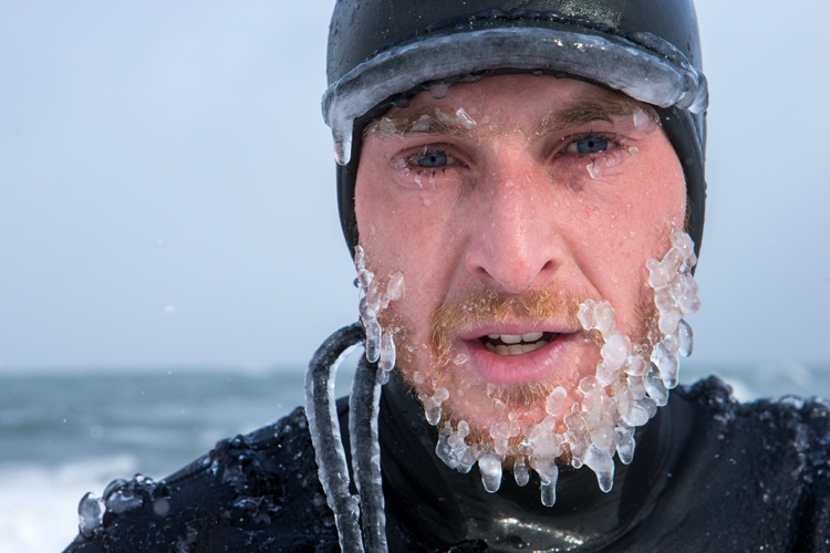 Brain freeze: only a cold water surfer knows the feeling | Photo: Shutterstock