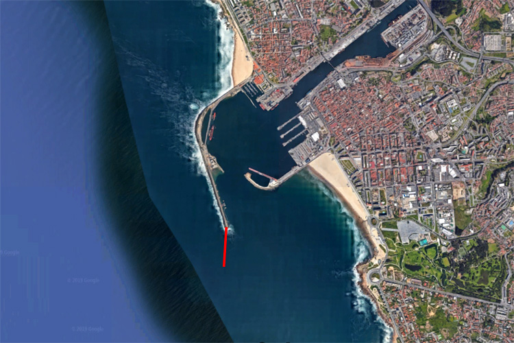 Matosinhos and Porto: the 300-meter breakwater extension will block the prevailing NW swell and put an end to surfing