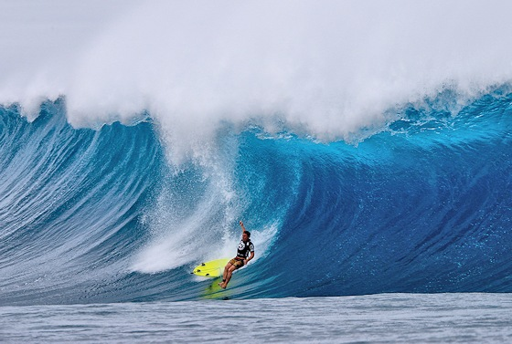 Brent Dorrington: wipeout at Pipeline