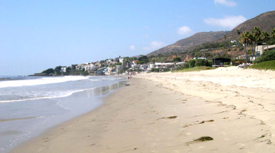Broad Beach in Malibu: still a public beach in the next years?