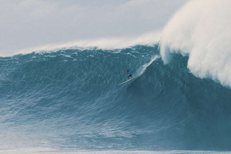 Brock Little: that wave at the 1990 Eddie | Photo: Scott Wiener